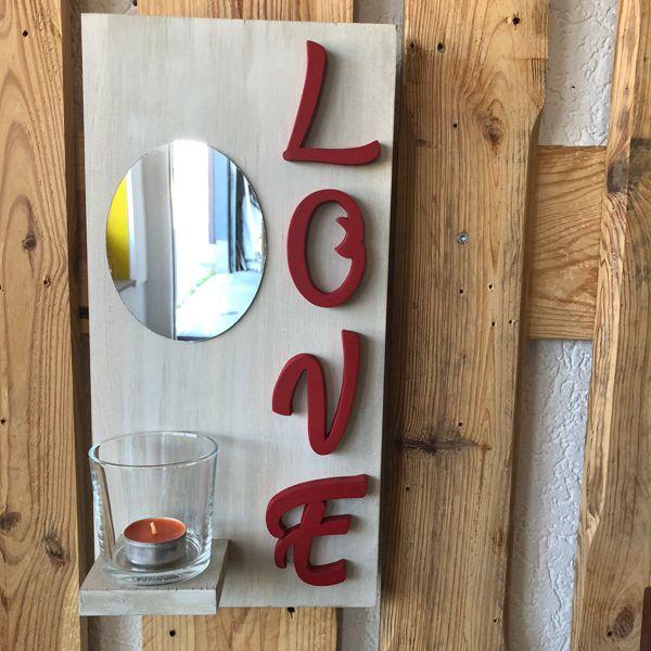 étagère murale avec miroir